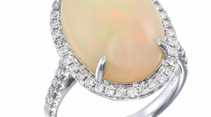 18 K DIAMOND AND OPAL RING
