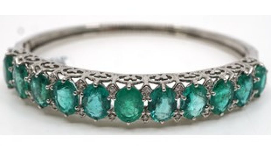 VINTAGE EMERALD 14K WHITE GOLD BANGLE