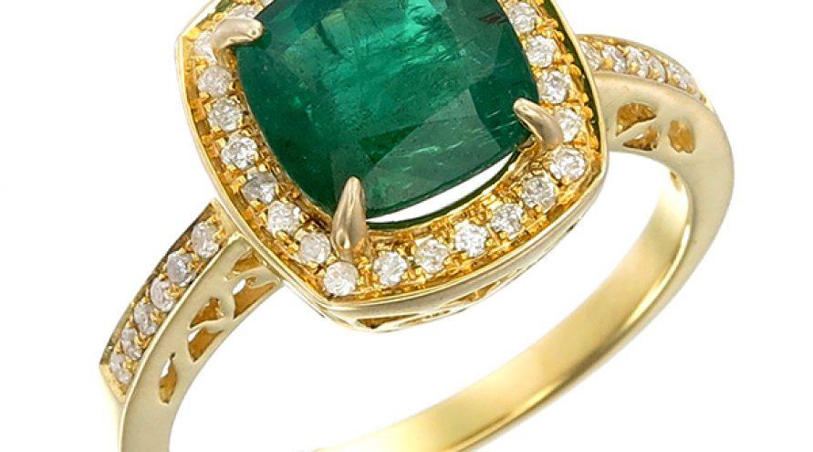 Vivid Green Emerald Cultural Diamond & Gold Ring