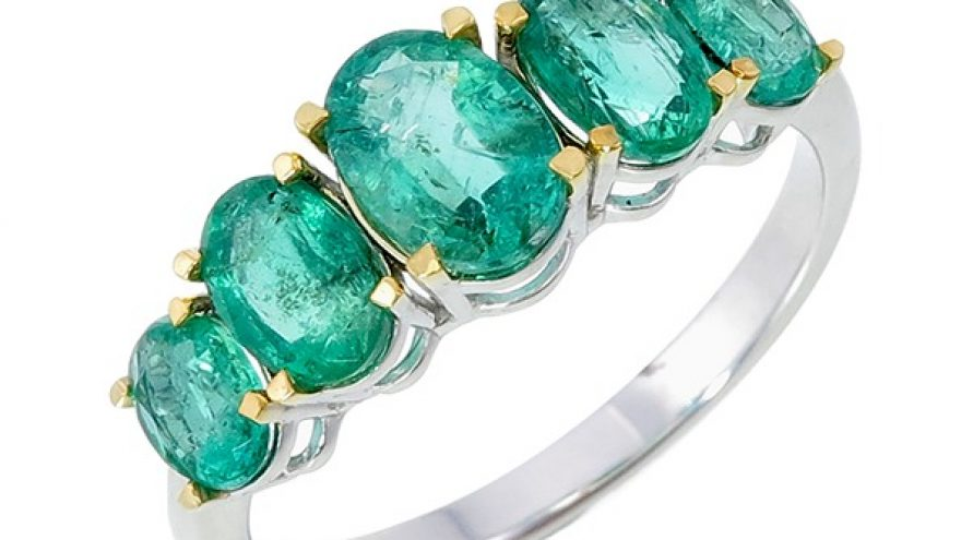 Emerald Fancy Ring