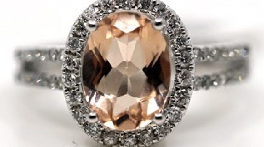 18K WHITE GOLD MORGANITE AND DIAMOND RING