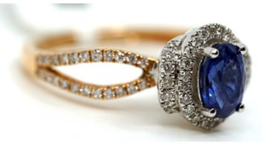 18K YELLOW GOLD ROYAL BLUE SRI LANKAN SAPPHIRE AND DIAMOND RING