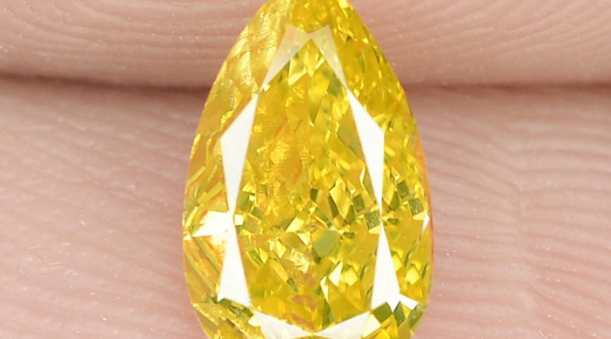 0.28 Cts Untreated Natural Fancy Vivid Yellow Color Loose Diamond- VS1