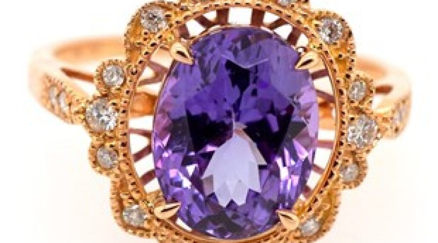 18 K Yellow Gold Unheated Tanzanite and Diamond Ring