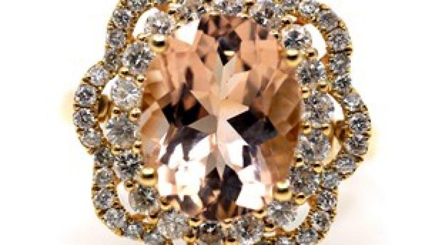 18K YELLOW GOLD MORGANITE AND DIAMOND RING