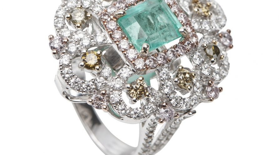 Colombia Emerald And Diamond Fancy Ring