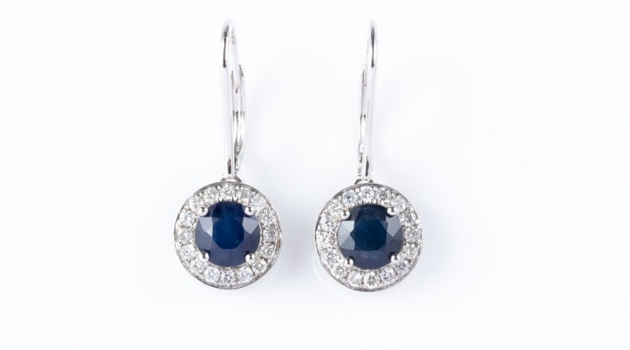 18k Wight Gold Blue Sapphire Single Halo Diamond Earring