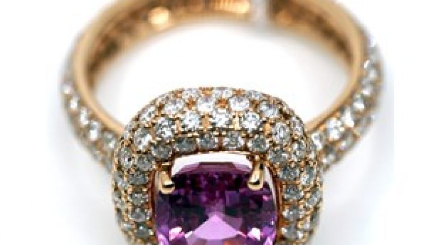 18K YELLOW GOLD PINK SAPPHIRE AND DIAMOND RING
