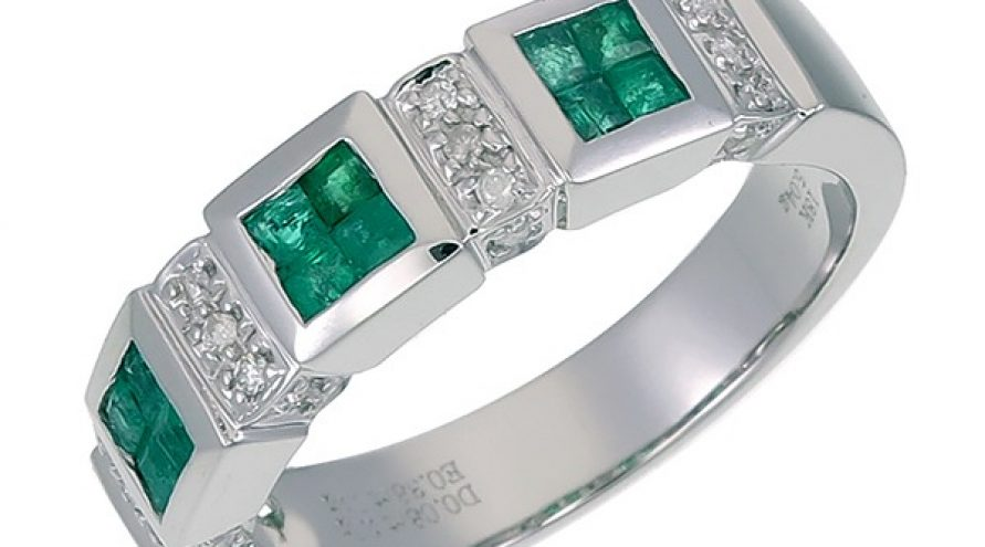 18K WHITE GOLD COLOMBIA EMERALD AND DIAMOND RING
