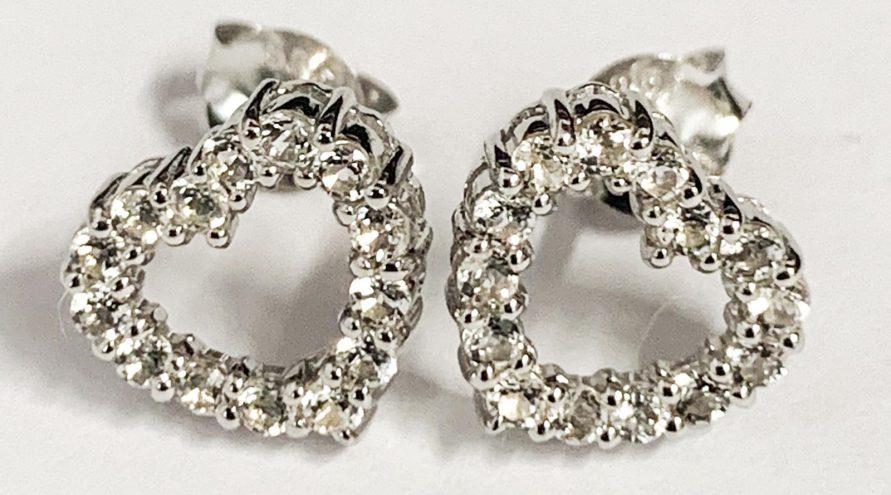 Silver Earring w/White Topaz